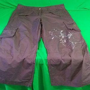Newport news gray cargo embellished pants 16